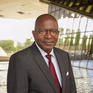 Appolinaire Makoundou